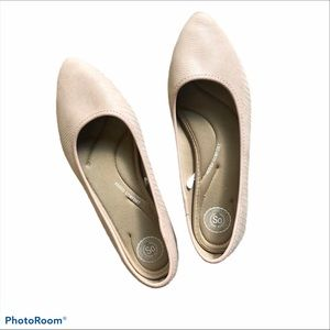 SO Pointed Toe Blush Pink Ballet Flats size 9 1/2